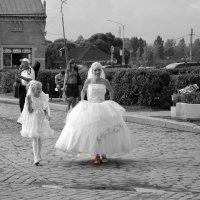 На парад невест... :: Вера
