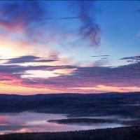 Мурманск. Осень. Вид из окна :: Александр Волков