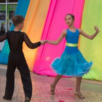 танец :: Сергей Старовойт