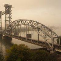 Старый мост. :: Олег Сахнов