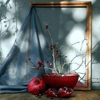 Красное на сером :: TAMARA КАДАНОВА