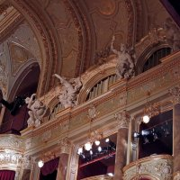 Одесский театр оперы и балета Вид зала со сцены. :: Юрий Тихонов