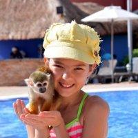 Лето  радости в  Никарагуа(Подружки) :: Виталий Селиванов