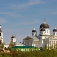Воскресенский собор и Казанская крестильная церковь :: Сергей Моченов