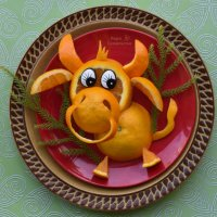 Апельсиновый бычок для украшения салата или десерта. :: Лара Гамильтон