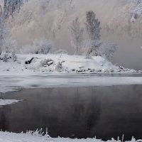Заводь на Енисее :: Анатолий Соляненко