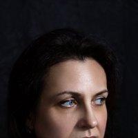 Женский портрет :: Helga Sergeenko