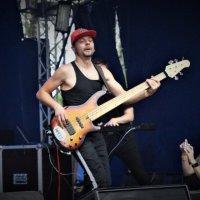 не последняя гитара в группе. :: Серж Поветкин
