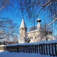 Церковь Успения Пресвятой Богородицы в Любце :: Валерий Гришин
