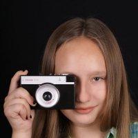Anna & Masha: Dark Series (Sony A100 + Minolta AF35-70/4) :: Михаил Иванов
