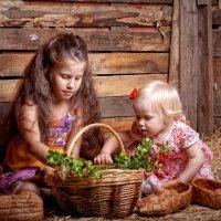 Алина и Алиса :: Ирина Гресь