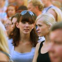 Одни в толпе :: Александр Табаков