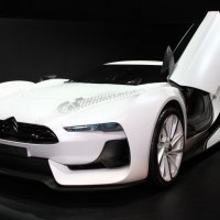 . :: Julilus Anybody
