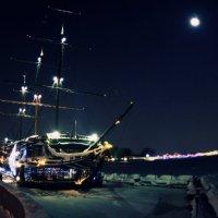 Зимний Петербург. Корабль :: Олександр Волжский