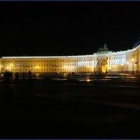 Дворцовая площадь :: Андрей Шишкин