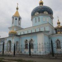 Церковь. Город Магнитогорск :: Дарья Букаева