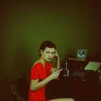 Девушка в красном :: Яна Успенская