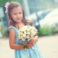 Маленькая невеста :: Евгений Ступак