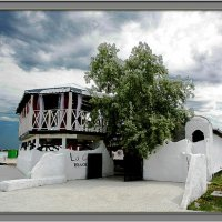 Бар  на набережной в Черноморске :: L Nick