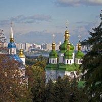 Autumn City Landscape :: Roman Ilnytskyi