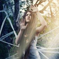 In The Captivity :: Kelly Caffeine