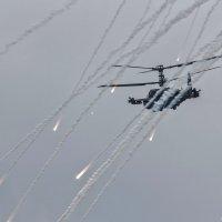 Отход Ка-52 с использованием противоракетных средств :: Павел Myth Буканов