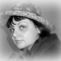 Дама в шляпке :: Оксана Шалаева