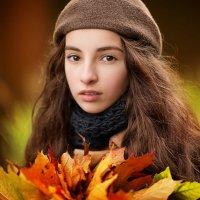 Девушка-Осень :: Элина Курмышева