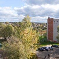 Солнечный двор 5. (Вид из окна) :: Sergey Serebrykov