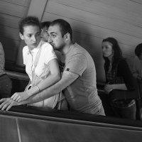 На эскалаторе. :: Николай Галкин
