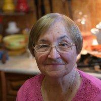 Бабушка :: Евгения Лисина
