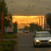 Городской закат :: юрий Амосов