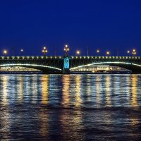 Пара пролетов моста :: Valerii Ivanov