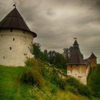 Стена монастыря :: Денис Бугров