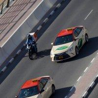 Такси в Эмиратах :: Таня Фиалка