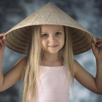 Портрет прекрасной невьетнамки :: Александр Игнатьев