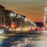 Ухта. 2 километра проспекта Ленина насквозь, впереди только тайга... :: Николай Зиновьев