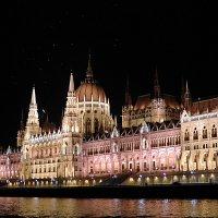 Здание венгерского парламента. :: Светлана Хращевская