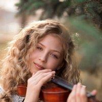 Девочка со скрипкой. :: Юлия Кравченко