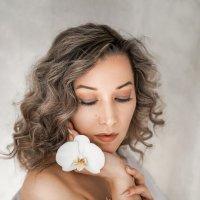 белый цветок :: Татьяна Исаева-Каштанова