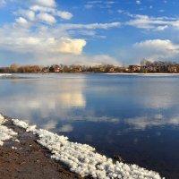 Апрель, последний тает снег ... :: Татьяна Каневская
