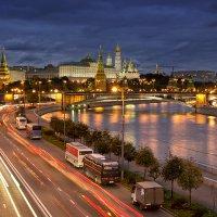 Москва. Вечер. :: Александр Неверов