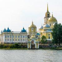 Озеро Селигер. Нилово-Столобенская пустынь. :: Елена Belika