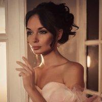 Эротическое утро невесты Чери... :: Евгения Гришина