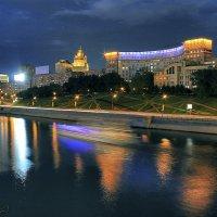 Moscow Night River :: Igor Nekrasov