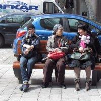 Уличная сценка :: Galina Dolkina