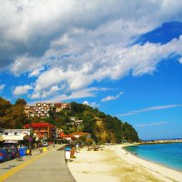Пляж в Греции :: Galina Kazakova