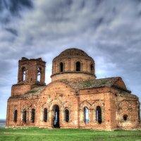 Заброшенная церковь в поселке Несветай РО 161 :: Евгений Болгов