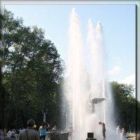 У фонтана... :: Nonna