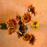 Улыбнитесь и хмурая осень отступит ! :: Нина северянка